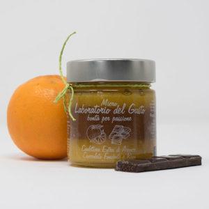 Confettura extra di arance, cioccolato fondente e rum